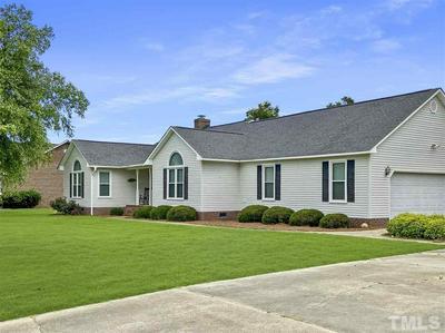 441 CLUB HOUSE DR, Dunn, NC 28334 - Photo 2