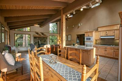 922 COUNTRY CLUB DR, Tahoe City, CA 96145 - Photo 2