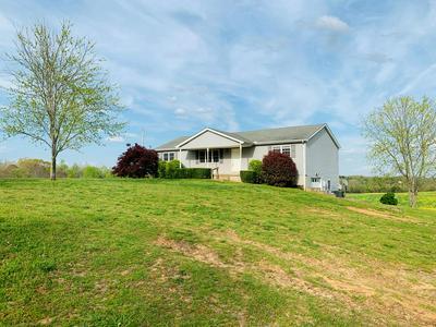 365 LITTLE BENTON RD, MANSFIELD, TN 38236 - Photo 1
