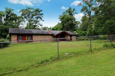 306 BACON ST, Newton, TX 75966 - Photo 1