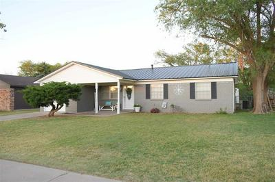 608 STANTON ST, Hereford, TX 79045 - Photo 1