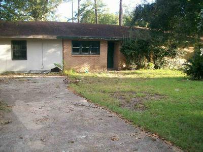 808 W MAIN ST, Kirbyville, TX 75956 - Photo 1