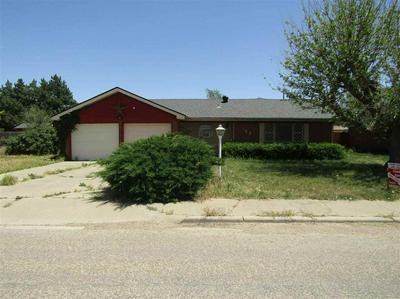 102 NW 12TH ST, Dimmitt, TX 79027 - Photo 1