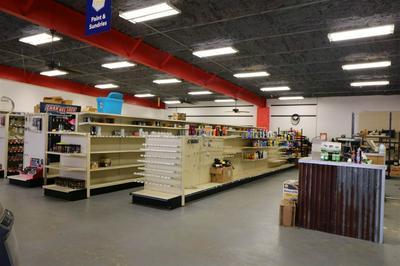 615 W COURT ST, Newton, TX 75966 - Photo 2