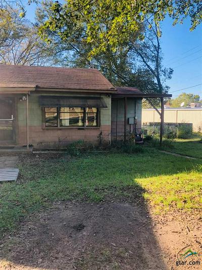 606 S COMMERCE ST, Overton, TX 75684 - Photo 2