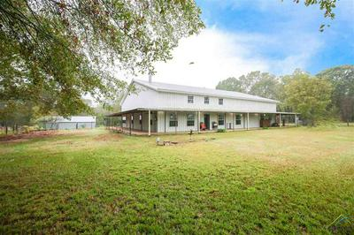 424 W TWIN CREEKS TRL, Troup, TX 75789 - Photo 1
