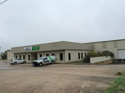 302 TALLEY NICHOLS DR, Jacksonville, TX 75766 - Photo 1