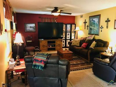 861 W QUITMAN ST, Emory, TX 75440 - Photo 2