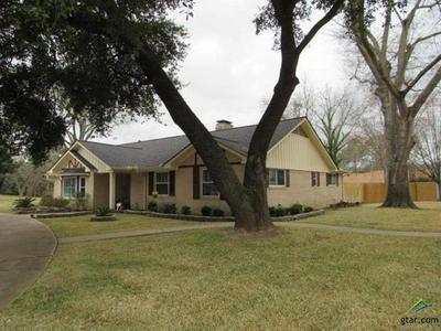 111 NANNIE LN, PALESTINE, TX 75801 - Photo 1