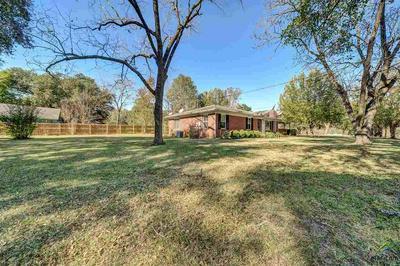 130 THRASH ST, Overton, TX 75684 - Photo 2