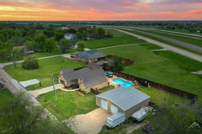 803 E MARKET ST, MABANK, TX 75147 - Photo 2