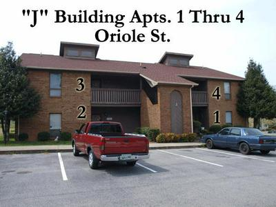 419 ORIOLE DR APT J1, McMinnville, TN 37110 - Photo 1