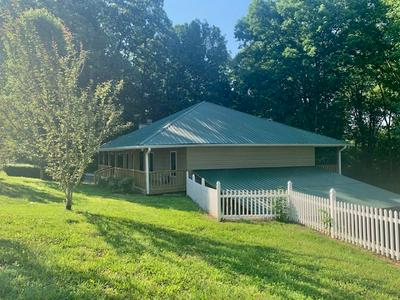 5647 WILLOW GROVE HWY, ALLONS, TN 38541 - Photo 2