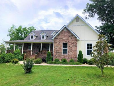 721 WHITSON AVE, COOKEVILLE, TN 38501 - Photo 1