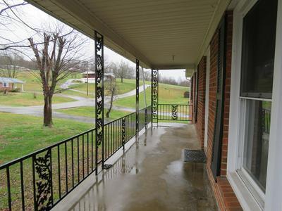 109 OAK ST, Byrdstown, TN 38549 - Photo 2