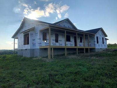 596 VISTA VIEW PKWY, Jamestown, TN 38556 - Photo 2