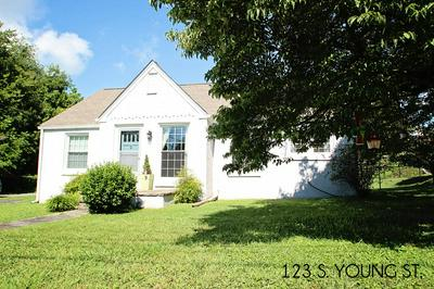 123 S YOUNG ST, SPARTA, TN 38583 - Photo 1