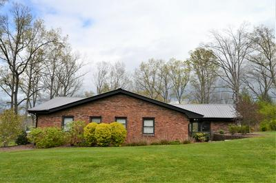 63 OAK ST, Crossville, TN 38555 - Photo 2