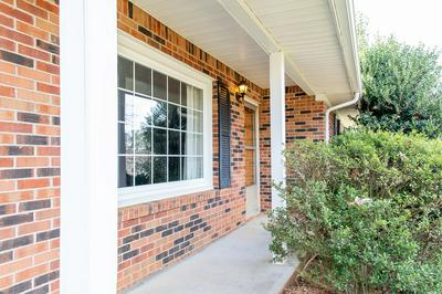 630 EDGEWOOD DR, COOKEVILLE, TN 38501 - Photo 2