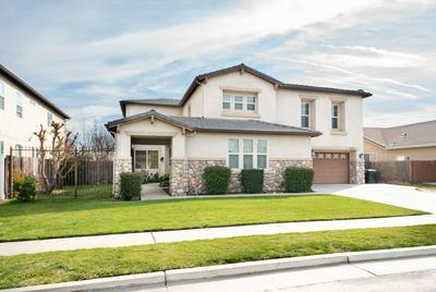1810 CHAMPAGNE ST, Tulare, CA 93274 - Photo 2