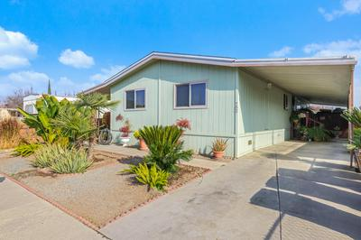752 S ROSE AVE, Farmersville, CA 93223 - Photo 2