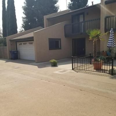 1729 E CROSS AVE, Tulare, CA 93274 - Photo 2
