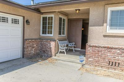 150 E SPRUCE AVE, LEMOORE, CA 93245 - Photo 2