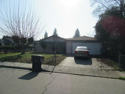 227 W BABCOCK AVE, Visalia, CA 93291 - Photo 1