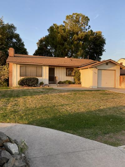 364 E MORTON AVE, Porterville, CA 93257 - Photo 2
