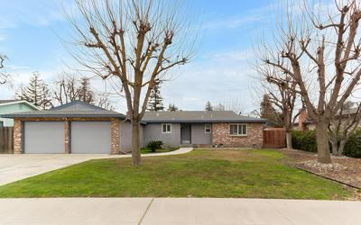 415 E GAIL AVE, Tulare, CA 93274 - Photo 2