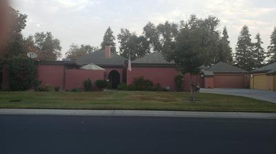 2950 W BORDER LINKS DR, Visalia, CA 93291 - Photo 1