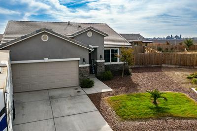 3017 BORA AVE, Tulare, CA 93274 - Photo 2