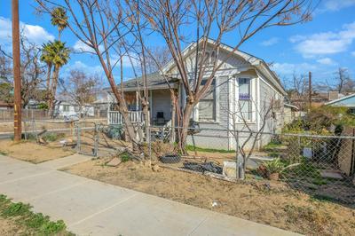 1025 OWENS ST, Bakersfield, CA 93305 - Photo 2