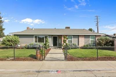 2520 W WHITENDALE AVE, Visalia, CA 93277 - Photo 1