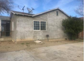 213 S 4TH AVE, Avenal, CA 93204 - Photo 2