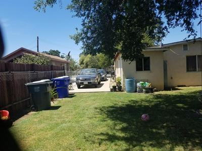 888 WALNUT ST, Pixley, CA 93256 - Photo 1