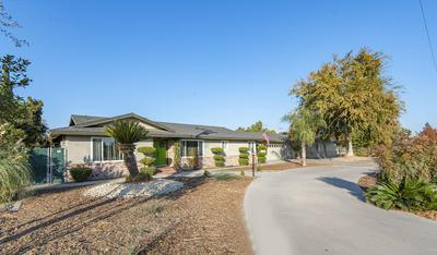 936 W PROSPERITY AVE, Tulare, CA 93274 - Photo 2