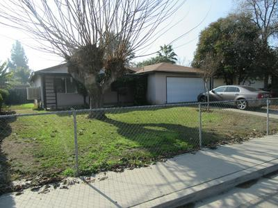 227 W BABCOCK AVE, Visalia, CA 93291 - Photo 2