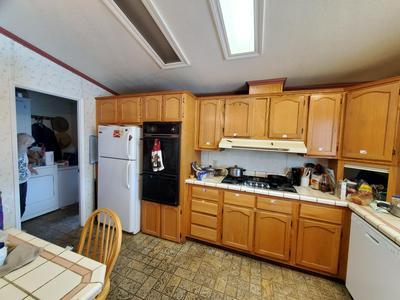1300 W OLSON AVE SPC 85, Reedley, CA 93654 - Photo 2