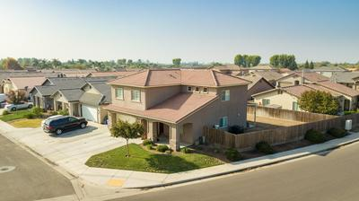 463 S MILO ST, Porterville, CA 93257 - Photo 2