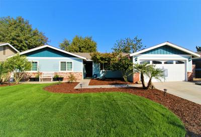 533 POWELL AVE, Exeter, CA 93221 - Photo 1