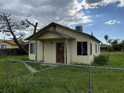 149 S PEPPER ST, Woodlake, CA 93286 - Photo 1