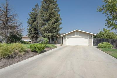 1421 BETSY PL, Exeter, CA 93221 - Photo 2