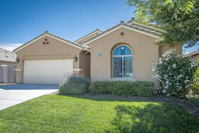 480 MONTANA DE ORO ST, Tulare, CA 93274 - Photo 2