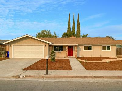1035 N PROSPECT ST, Porterville, CA 93257 - Photo 1