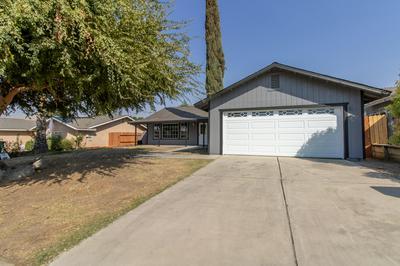 482 SUNWOOD ST, Porterville, CA 93257 - Photo 2