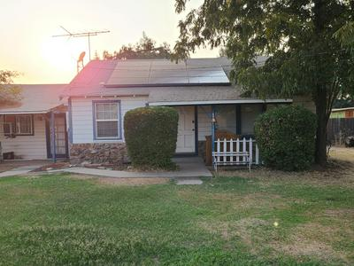 505 W MULBERRY AVE, Porterville, CA 93257 - Photo 1