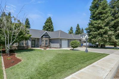 355 OLD LINE AVE, Exeter, CA 93221 - Photo 1