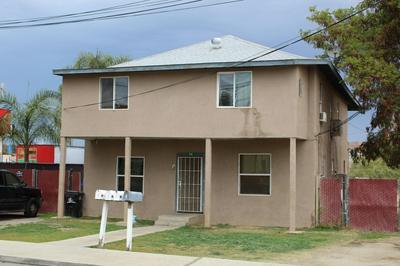 24 E SCHOOL AVE, Porterville, CA 93257 - Photo 2