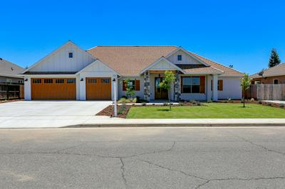 230 OLD LINE AVE, Exeter, CA 93221 - Photo 1